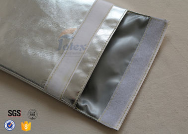 China Large A4 Size No Itchy Fiberglass Fireproof Document Bag with Metal Push Button supplier