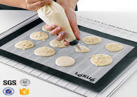 China PTFE Non Toxic Baking Sheet BBQ Heat Proof Silicone Mat factory